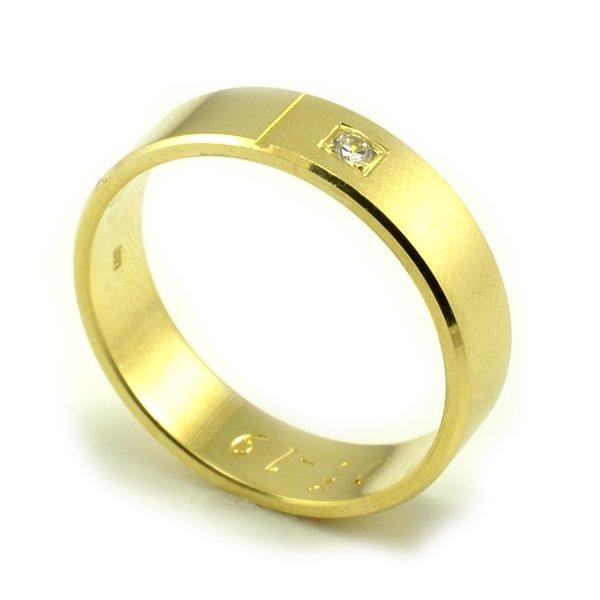 Svadobné obrúčky zo žltého zlata ploché široké 5,5 mm - dámska