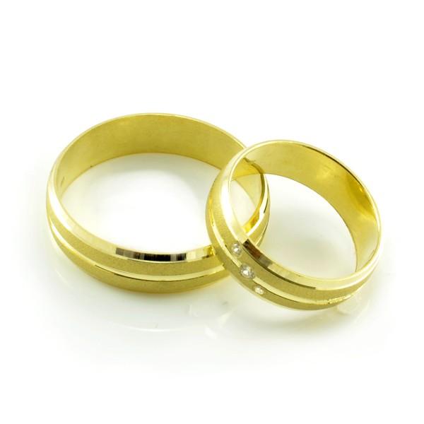 Svadobné obrúčky zo žltého zlata polguľaté široké 5,5 mm - pár