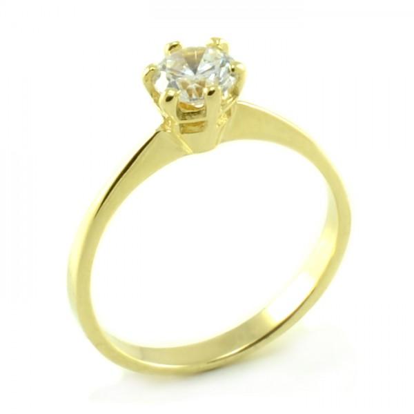 Zásnubný prsteň zo žltého zlata s typickým centrálnym zirkónom