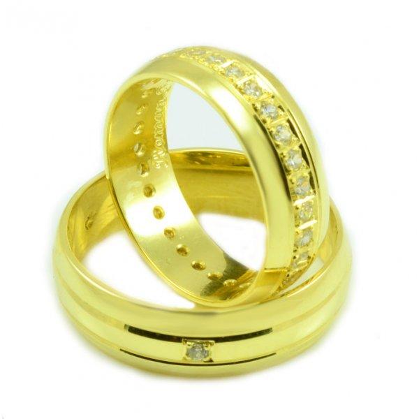 Svadobné obrúčky zo žltého zlata multikameňové